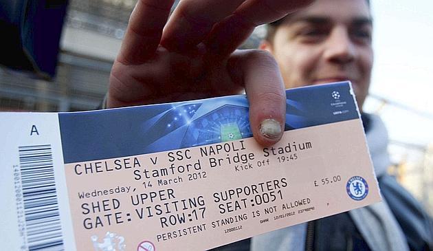 Ragazza 23enne offre sesso per biglietto finale Champions League