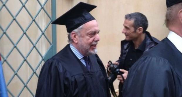 De Laurentiis riceve laurea honoris causa e parla di mercato