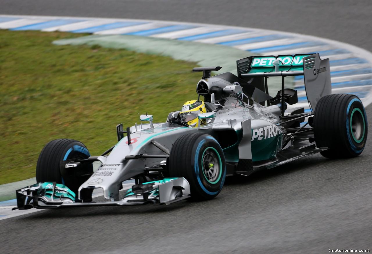 Formula 1: la Mercedes trionfa in Spagna