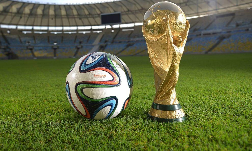 Fifa, il Mondiale a 48 squadre realtà dal 2026: 16 europee e playoff a 6