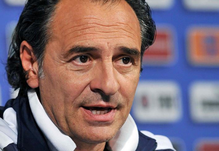 Prandelli non crede nel tandem in attacco Balotelli e Immobile