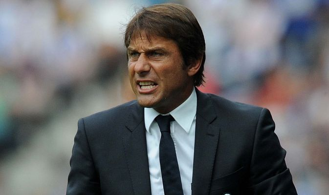Conte fissa incontro con la Juve