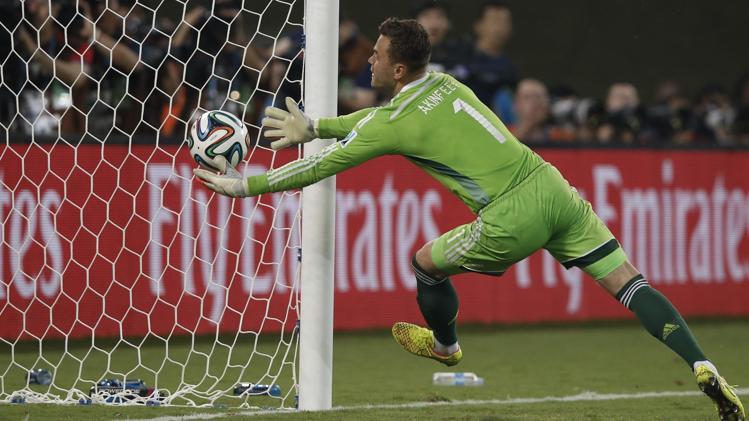 Mondiali 2014 di Brasile, Akinfeev rovina Capello