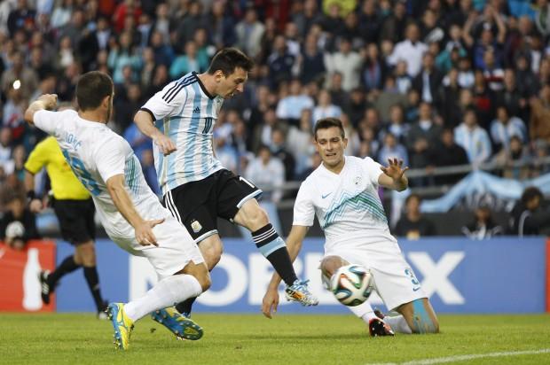 http://mondiali.net/wp-content/uploads/2014/06/Argentina-Slovenia.jpg
