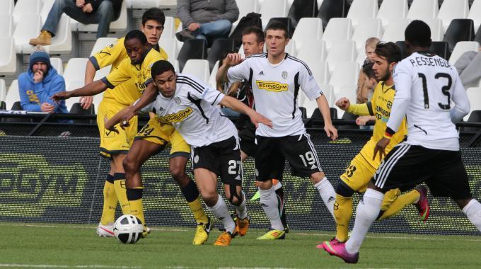 Semifinali playoff per la serie A: Cesena-Modena 1-1, Latina-Bari 2-2