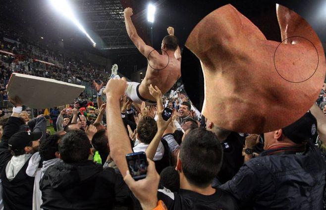 Morso Suarez su Chiellini, stampa uruguaiana: Chiellini bugiardo
