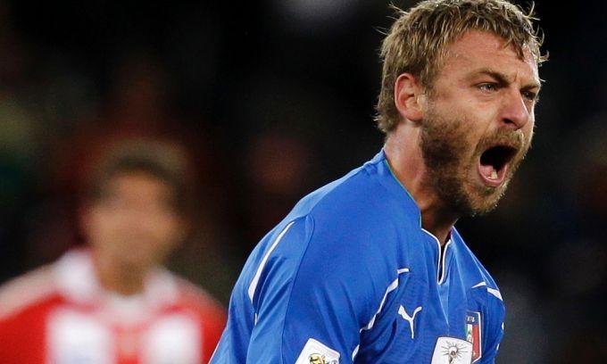 Italia, Daniele De Rossi sostiene Buffon: I veterani hanno salvato l'Italia