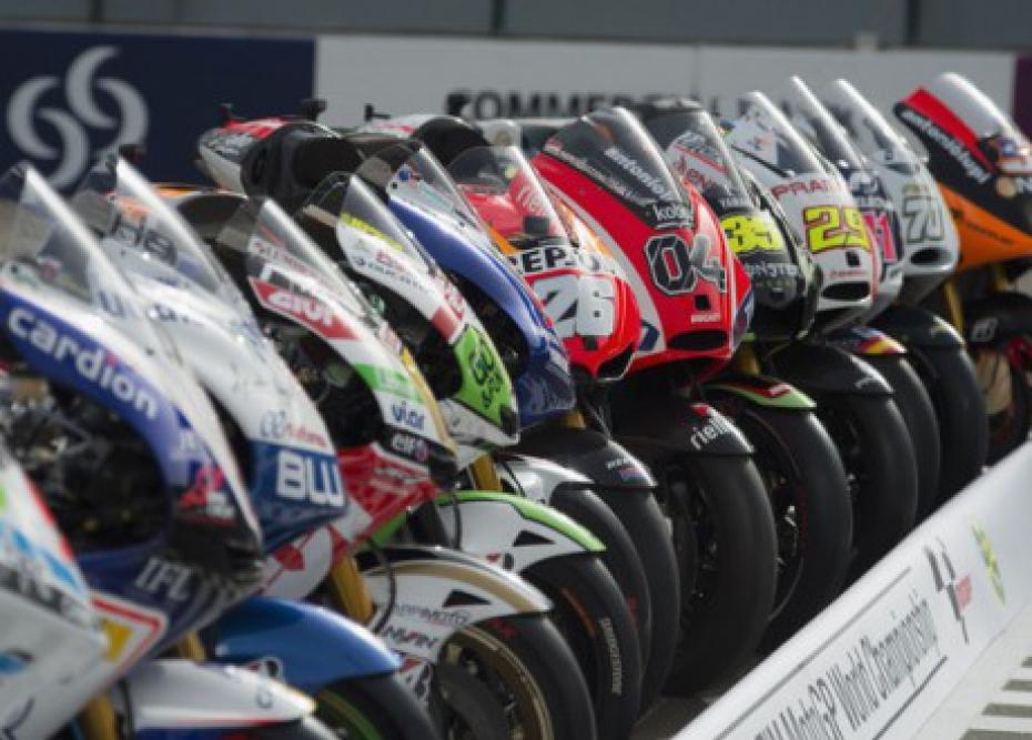 MotoGp Catalogna, warm up Rossi cade, ma strappa il quarto tempo