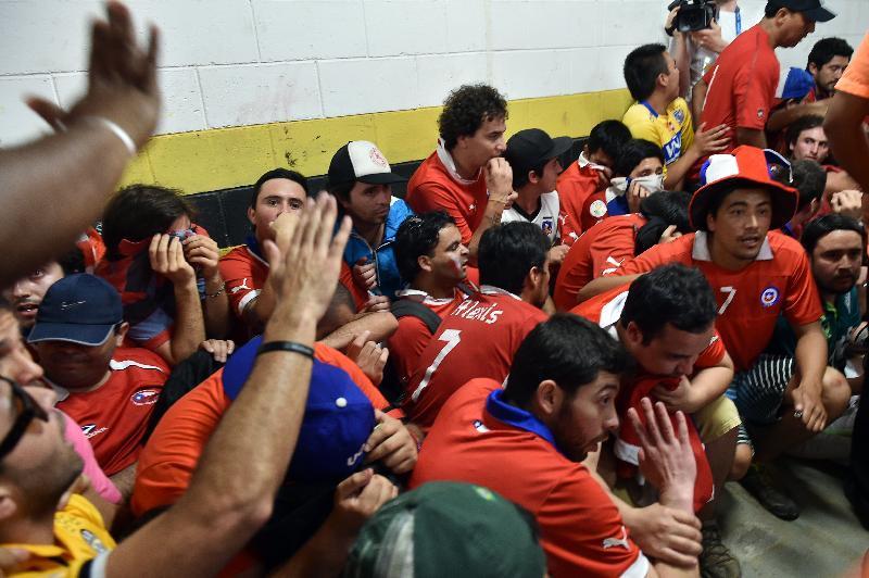Spagna-Cile: Tifosi senza biglietto entrano nello stadio Maracanà