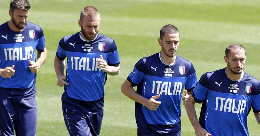 Italia, Prandelli valuta la difesa a 3 contro l'Uruguay
