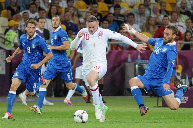 Inghilterra: scoppia la polemica per il caso Rooney