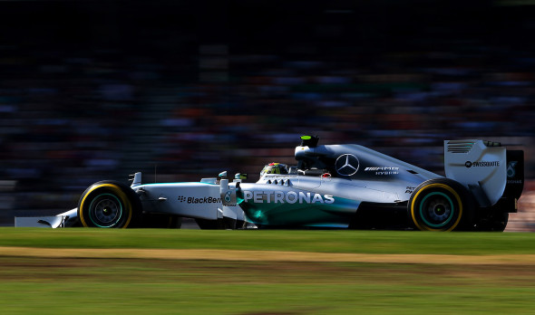 Gp Germania, Rosberg in pole. Hamilton solo sedicesimo