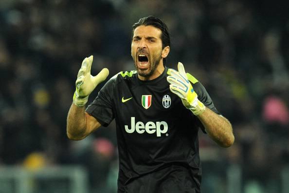 Gigi Buffon, alla faccia del bollito: a 38 anni è ancora lui il più forte al mondo!