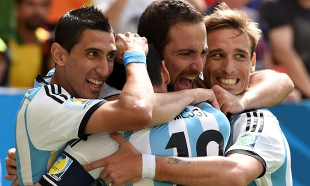 Mondiali 2014: Higuain porta l'Argentina in semifinale