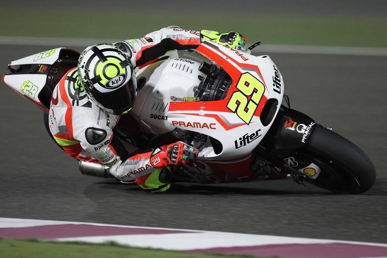 MotoGp, Iannone testa la Ducati ufficiale al Mugello