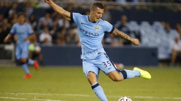Calciomercato: ufficiale Jovetic resta al Manchester City
