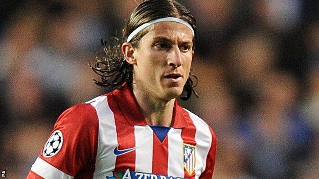 Calciomercato, Chelsea: ufficiale l'acquisto di Filipe Luis