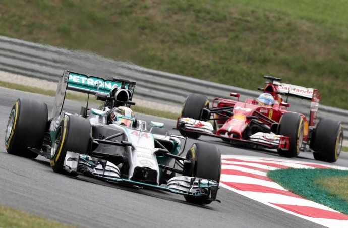 Formula 1, Gran Bretagna: Pole per Rosberg, le Ferrari eliminate