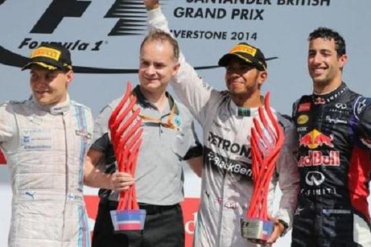 Formula 1, Silverstone: trionfo Hamilton