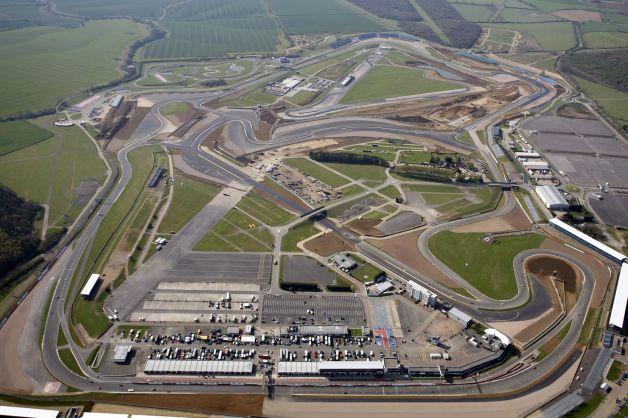 Silverstone, la MotoGp riaccende i motori a suon di record