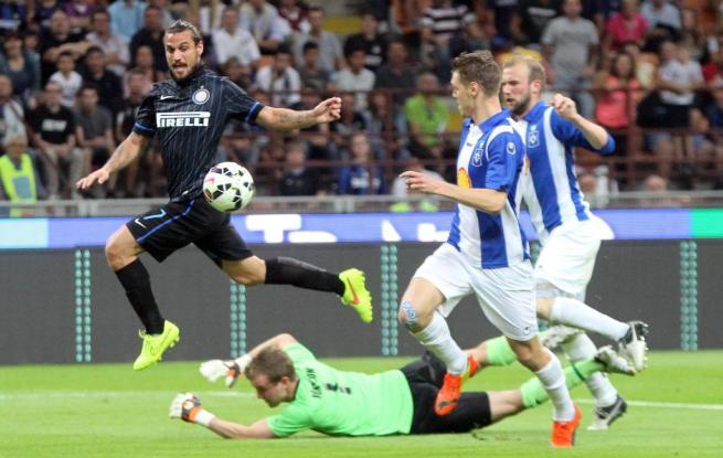 Europa League, Inter straripante. Il Toro passa di misura