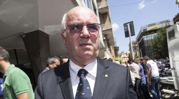 Italia: Tavecchio è deciso e va avanti
