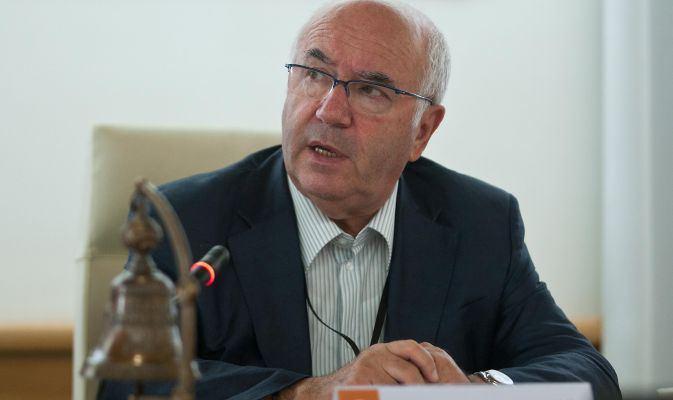 Figc, Tavecchio ufficiale: è il nuovo presidente al terzo voto