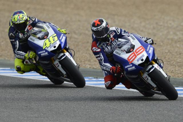 Moto GP: oggi il GP di Spagna. Lorenzo in pole, Rossi parte quinto