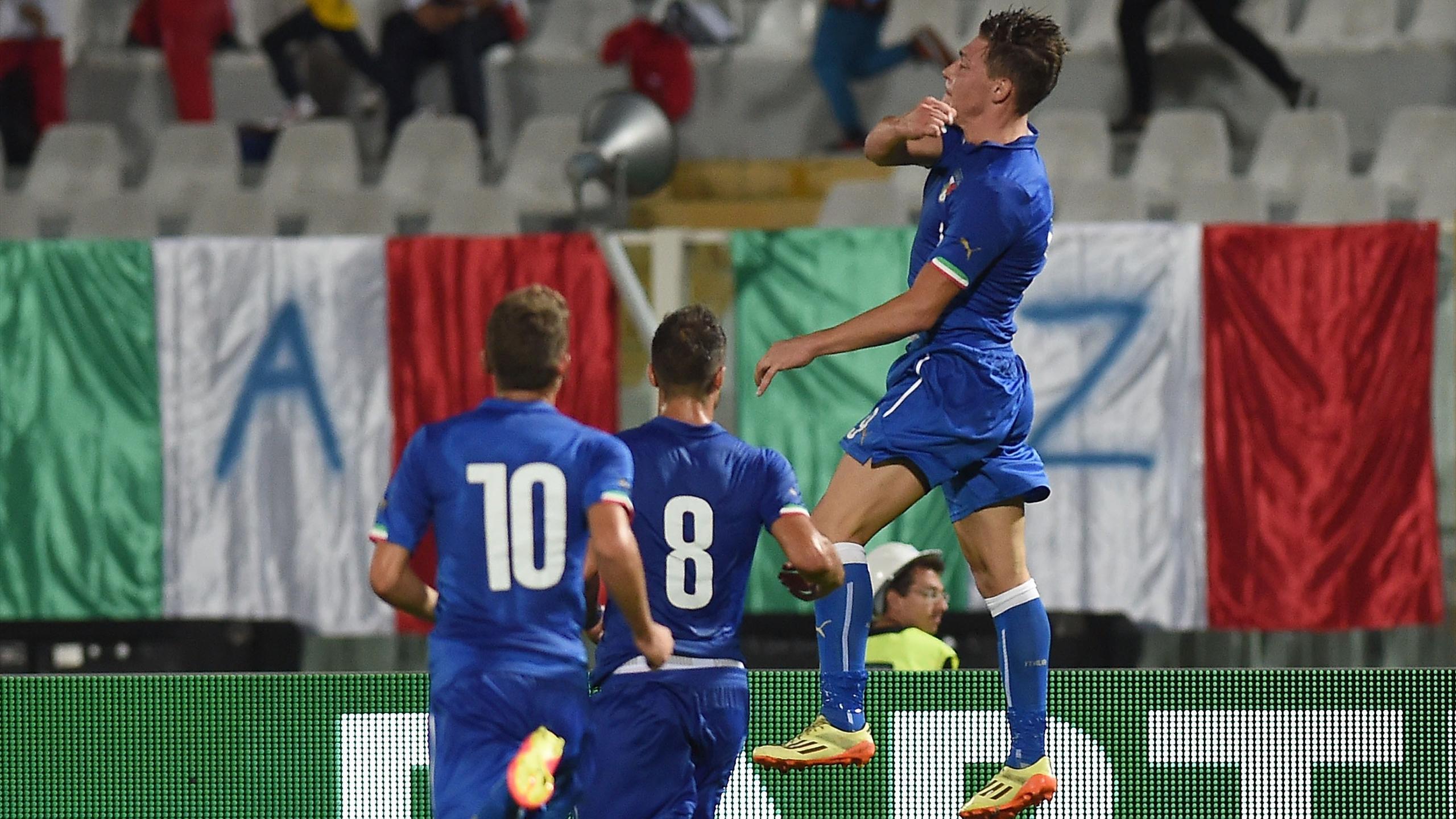 Fiorentina: infortunio per il giovane Bernardeschi