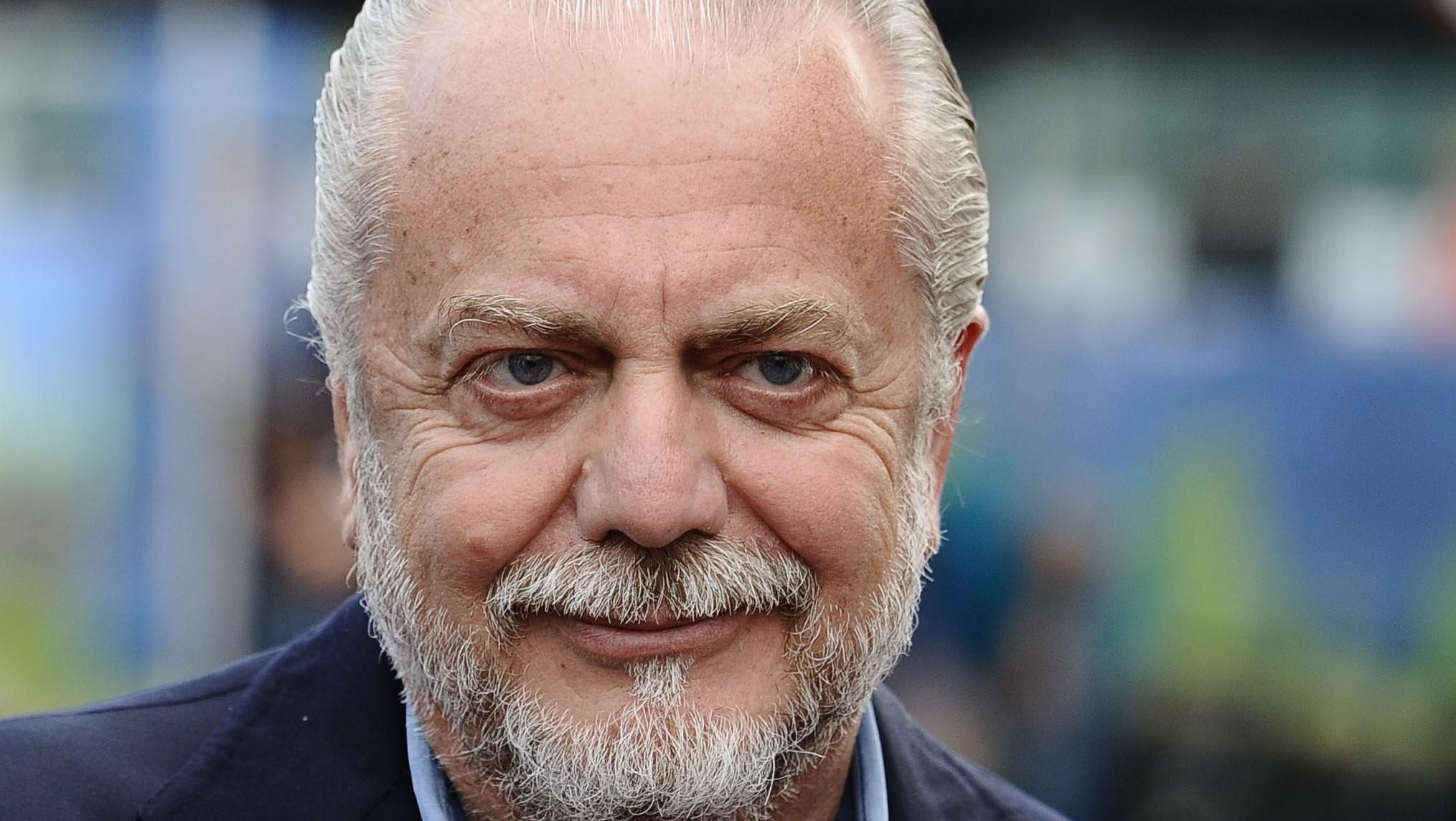 Napoli: domani sarà presentato David Lopez insieme alla terza maglia