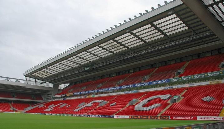 Liverpool: 95 milioni per ampliare l'Anfield. E intanto Balotelli…