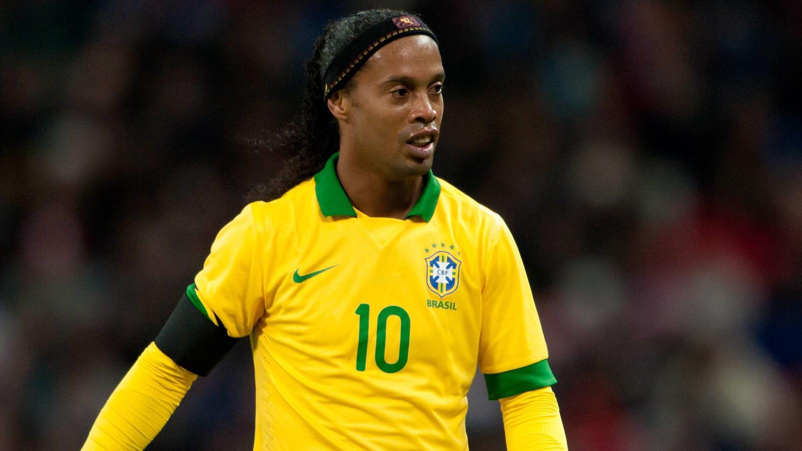 Calciomercato: Ronaldinho svincolato di lusso, offerta dai dilettanti