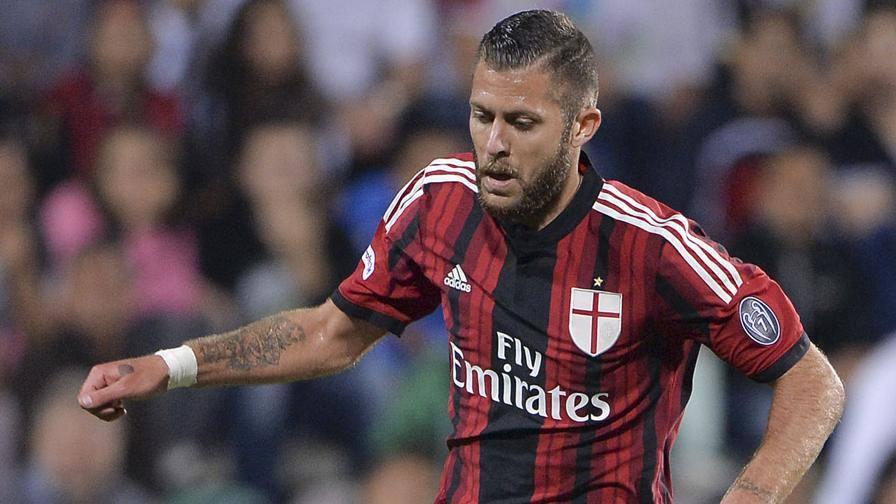 Milan: Menez rischia di saltare la partita contro il Verona