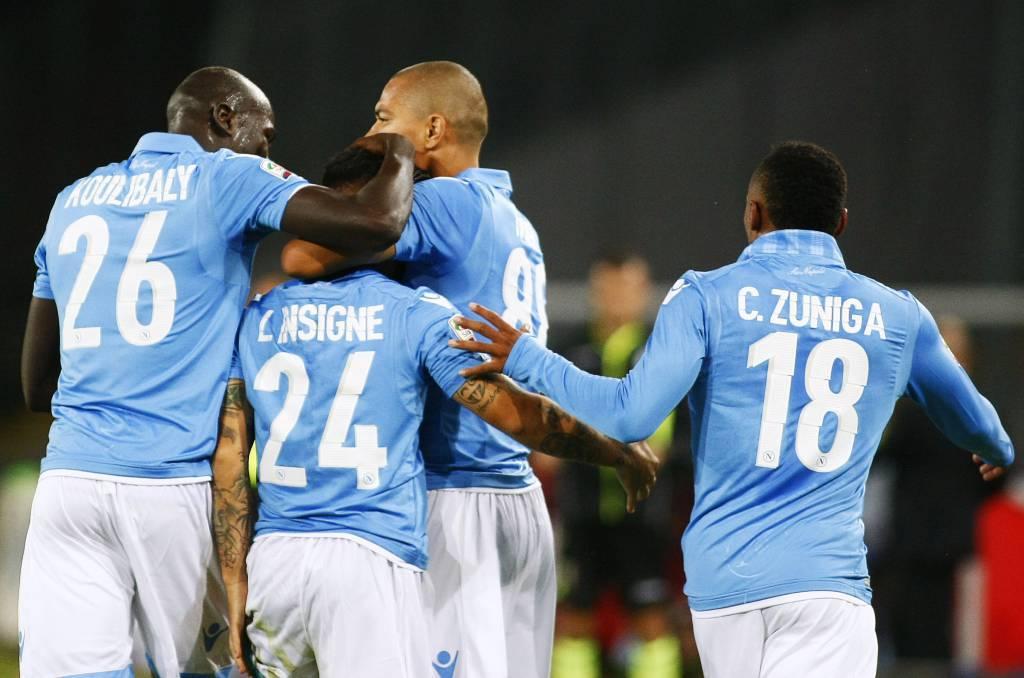 Napoli: vittoria di gran cuore, battuto il Toro per 2-1