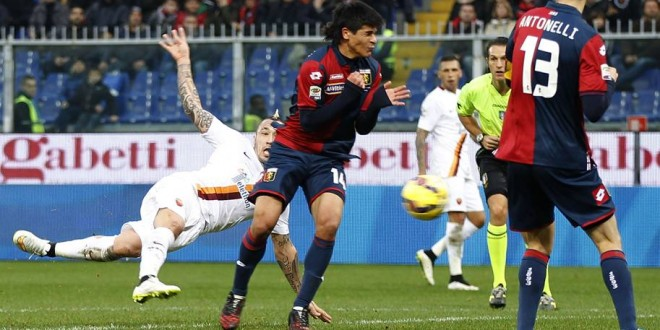Con Nainggolan, la Roma espugna Genova e va a -1