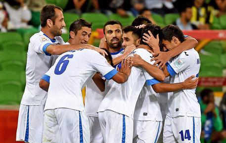 Coppa d'Asia, passano anche Uzbekistan e Cina