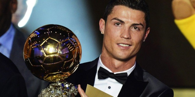 Cristiano Ronaldo vince il suo terzo Pallone d'Oro
