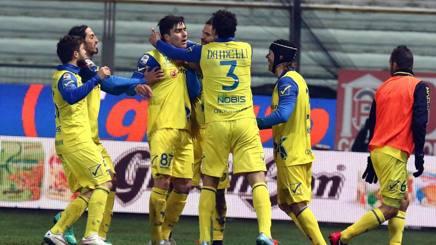 Il Parma affonda, il Chievo respira: è 0-1