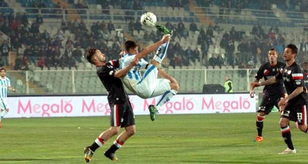 Serie B: Pescara-Bari a reti bianche