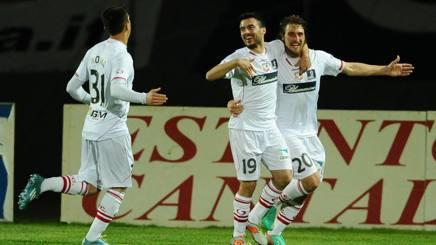 Serie B, il Carpi non si ferma più: 3-0 al Bologna