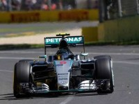 F1 Gp Cina prove libere: Hamilton davanti a Raikkonen, Vettel quarto