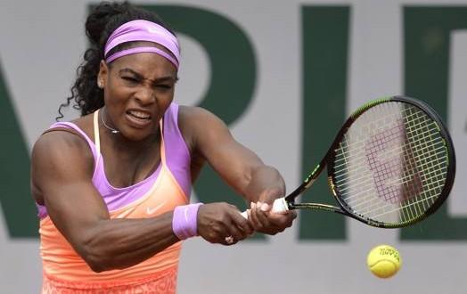Roland Garros, passano tutti i big. Serena, che fatica!