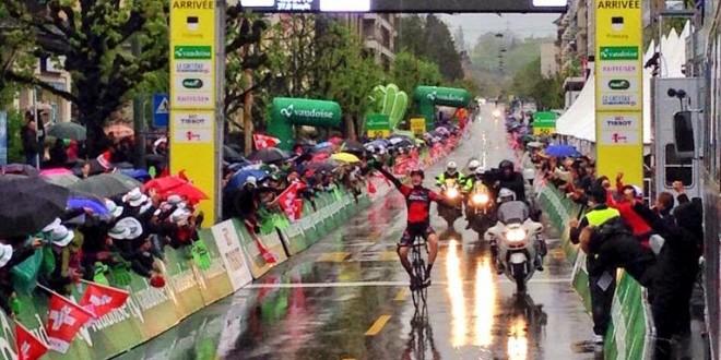 Giro di Romandia,mostruoso StefanKüng!