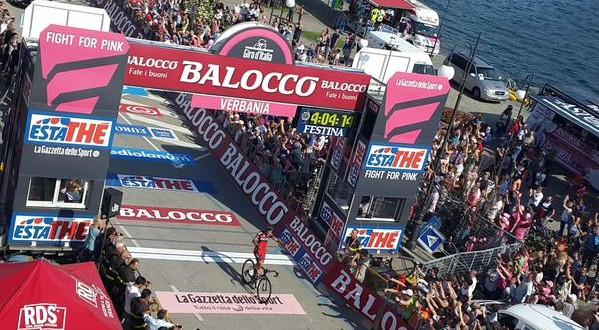 Giro d'Italia, il marchio del fuoriclasse: Gilbert primo a Verbania!