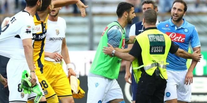 Parma-Napoli, il caos del dopo gara