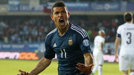 Copa America: Paraguay ok con la Giamaica, e Aguero stende la Celeste