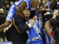 Basket, Sassari batte Milano e vola in finale