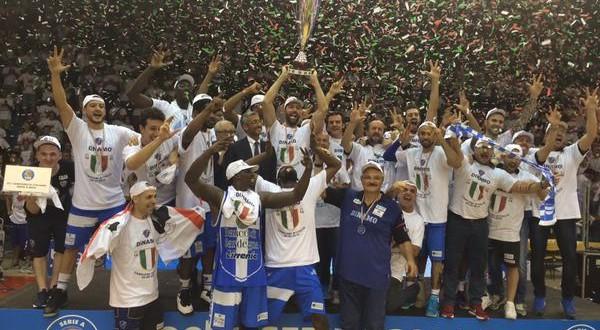 Basket, finale gara-7: il Banco di Sardegna Sassari vince ed è campione d'Italia