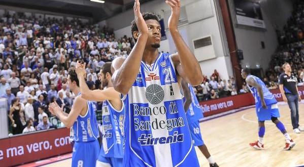 Basket, finale gara-3, Sassari risorge e porta la serie sull'1-2