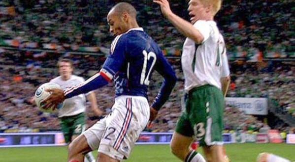 FIFA: galeotta fu la mano di Henry. Occhi puntati pure su Brasile '14